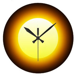 Reloj Redondo Grande Sun que brilla intensamente amarillo brillante en