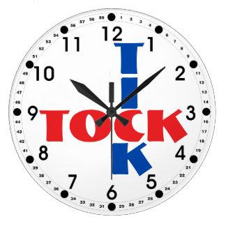 Reloj Redondo Grande Tipografía roja, blanca y azul de Tock de la señal