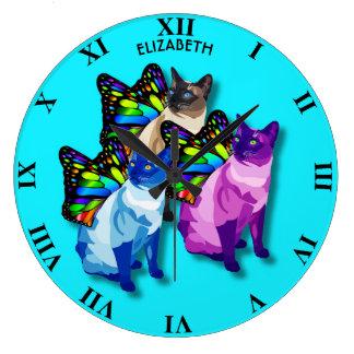Reloj Redondo Grande Tres gatos psicodélicos con la mariposa se van