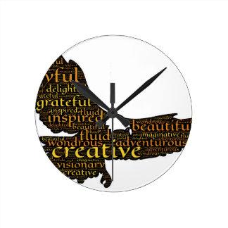 Reloj Redondo Mediano Águila creativa