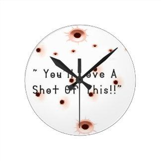 Reloj Redondo Mediano Agujeros de bala