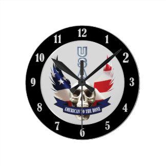 Reloj Redondo Mediano Americano al cráneo del hueso