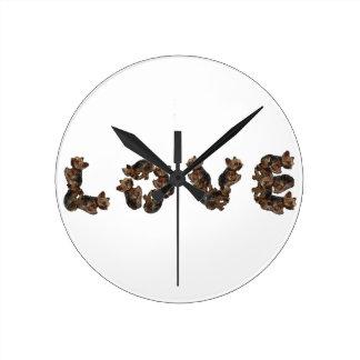 Reloj Redondo Mediano Amor