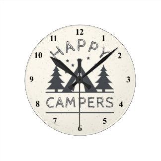 Reloj Redondo Mediano Árboles rústicos de la tienda de campaña de los