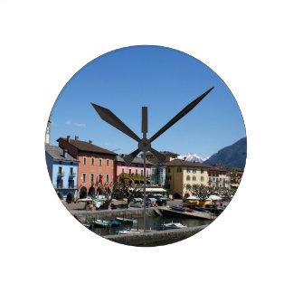 Reloj Redondo Mediano Ascona Suiza