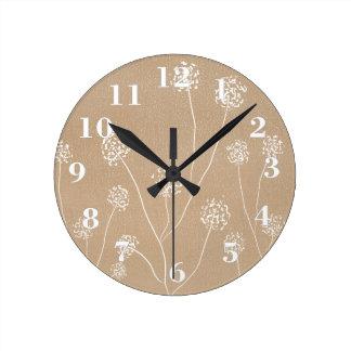 Reloj Redondo Mediano Beige dibujado mano Kraft de las flores de los