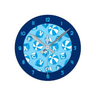 Reloj Redondo Mediano Bloques y bolas de ABC