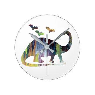 Reloj Redondo Mediano Brontosaurus y palos