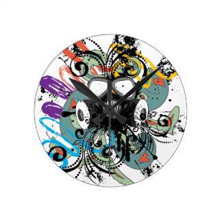 Reloj Redondo Mediano Careta antigás floral del Grunge