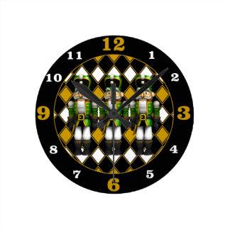 Reloj Redondo Mediano Cascanueces verdes