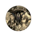 Reloj Redondo Mediano chicas victorianos con paraguas lluviosos, victori