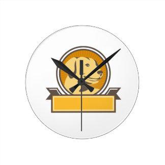 Reloj Redondo Mediano Círculo amarillo de la cabeza del golden retriever