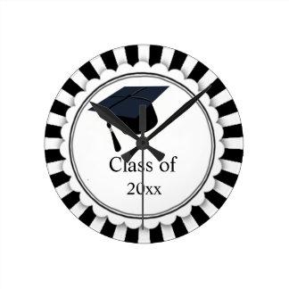 Reloj Redondo Mediano Clase blanco y negro de graduación