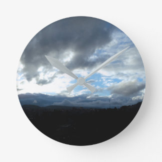 Reloj Redondo Mediano #cloudsporn de los CB