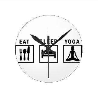 Reloj Redondo Mediano coma la yoga del sueño