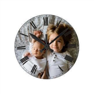 Reloj Redondo Mediano Cree su elegante con clase gris de la foto de