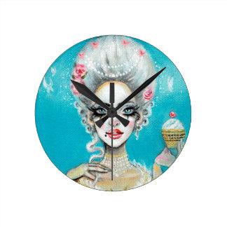 Reloj Redondo Mediano Déjelos comer la mini magdalena de Marie Antonieta