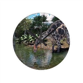 Reloj Redondo Mediano Dinosaurio del Dicraeosaurus que alimenta en un