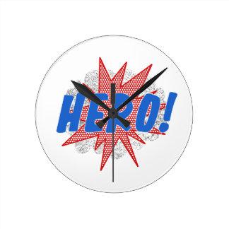 Reloj Redondo Mediano Diseño de la estrella del héroe