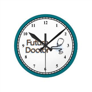 Reloj Redondo Mediano Doctor futuro