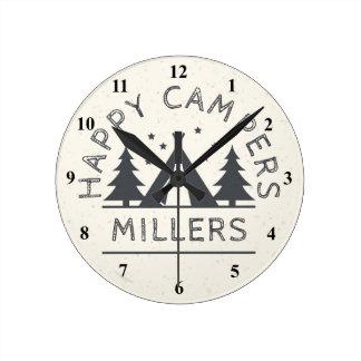 Reloj Redondo Mediano El acampar rústico personalizado de la tienda de