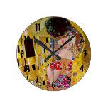 Reloj Redondo Mediano El beso de Gustavo Klimt, arte Nouveau del vintage