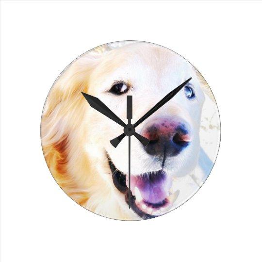Reloj Redondo Mediano El golden retriever feliz