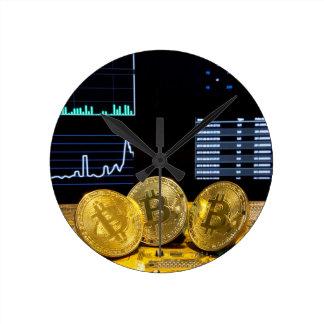 Reloj Redondo Mediano El mercado del circuito del trío de Bitcoin traza
