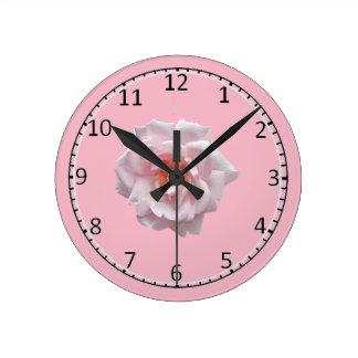 Reloj Redondo Mediano Emoji color de rosa