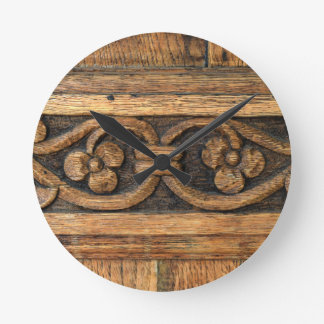 Reloj Redondo Mediano escultura de madera del panel