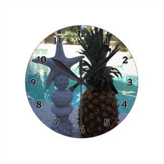 Reloj Redondo Mediano Estrellas de mar de la piña