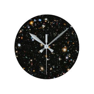 Reloj Redondo Mediano Estrellas y galaxias del espacio profundo