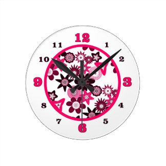 Reloj Redondo Mediano Flores enrrolladas rosadas