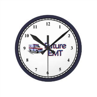 Reloj Redondo Mediano Futuro EMT