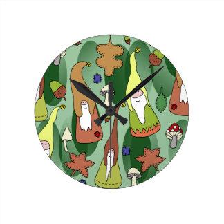 Reloj Redondo Mediano Gnomos del arbolado