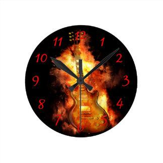 Reloj Redondo Mediano Guitarra en el fuego
