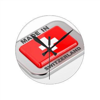 Reloj Redondo Mediano Hecho en Suiza