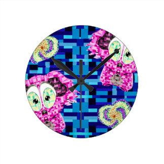 Reloj Redondo Mediano Koala y corazones del mosaico