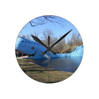 Reloj Redondo Mediano La ballena azul de Catoosa