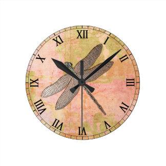 Reloj Redondo Mediano Libélula rosada del metal de las impresiones