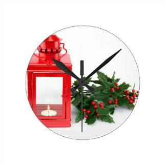 Reloj Redondo Mediano Linterna roja con las ramitas y las bayas del