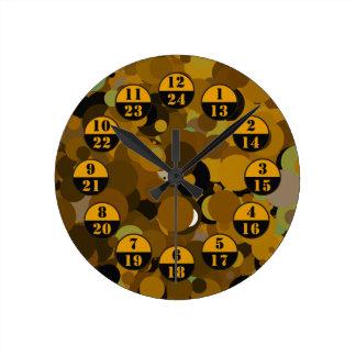 Reloj Redondo Mediano Los militares del camuflaje de Brown miden el