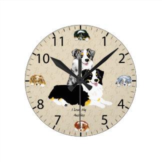 Reloj Redondo Mediano Merle azul y tri pastores australianos negros