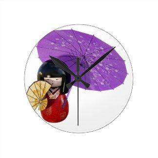 Reloj Redondo Mediano Muñeca de Sakura con el paraguas