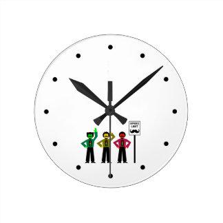 Reloj Redondo Mediano Mustachio cambiante del límite de velocidad del