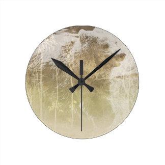 Reloj Redondo Mediano Oso expuesto
