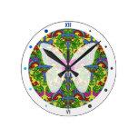 Reloj Redondo Mediano Patrón victoriano y mariposa Erb Lily