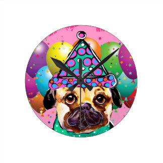 Reloj Redondo Mediano Perro del fiesta del barro amasado