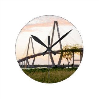 Reloj Redondo Mediano Puente de Charleston Carolina del Sur - río del