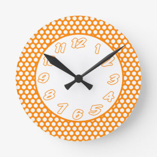 Reloj Redondo Mediano Puntos de polca anaranjados y blancos